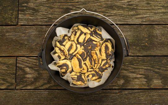 Mohnschnecken aus dem Dutch Oven
